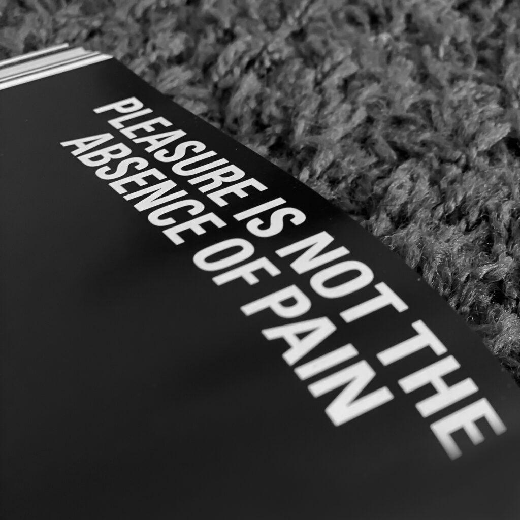 Werbeagentur, Agentur, Paladin, Design, Agentur-Paladin, Concept, @agenturpaladin, Remseck, Stuttgart, Ludwigsburg, Werbung, Start-Up, Retusche, Bildbearbeitung, Logo, Corporate Design, Kunst, Kreativ, Start-Up Agentur, Photoshop, InDesign, Illustrator, Layout, Publishing, Editorial, Photography, Agency, Design-Agency, Image, Marketing, Social Media Marketing, Print, Web, Online, Website, UX-Design, Webdesign, Web-Design, 0711, Project, Event, Post-Production, Creativity, Merchandise, Consulting, Beratung, Buch, Reproduktion, Offset, Retusche, Post Production, Retouching, Book Design, Art, Kunst, Print, Druck, Fotografie, photography, sculptor, Tamara Suhr, Peter Hermann, Bronze, Holz, Wood, Contemporary Art, Katalog, 2020, 2021, Architekt, Bildhauer, Sculpturer, Sculpture, Plastik, Kleinplastik, Figur, Figuren, Figurines, Figures, arnoldscheartpublishers, agenturpaladin,designupdate, retouching ,postproduction, weloveart, art, artpublishing, artbook, beyondthepain, contemporaryart, printlives, exhibition, onlineexhibition, galeriestadtsindelfingen, madeleinefrey, pain, schmerz, quotes, artistic, physicalpain, psychologicalpain, blackbox, installation, photography, conceptualart, videoart, catalogue, gallery, visualarts